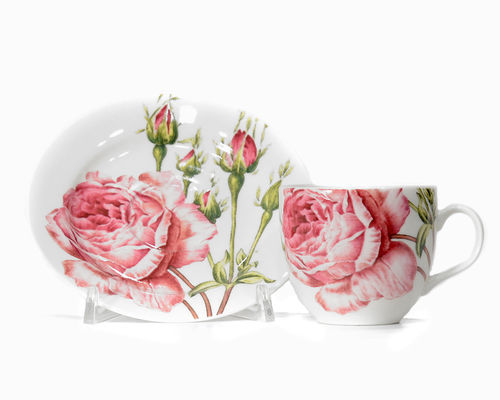 "Beautiful China cup & saucer ""English Roses"""